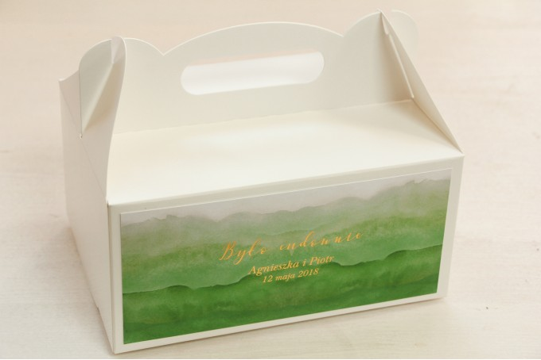 Zielone, akwarelowe pudełko na ciasto weselne ze złoceniem