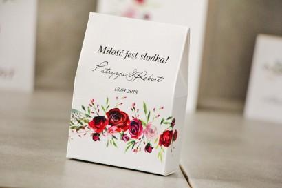 Pudełeczko stojące na cukierki, podziękowania dla Gości weselnych - Pistacjowe nr 18 - Eleganckie bordowe róże