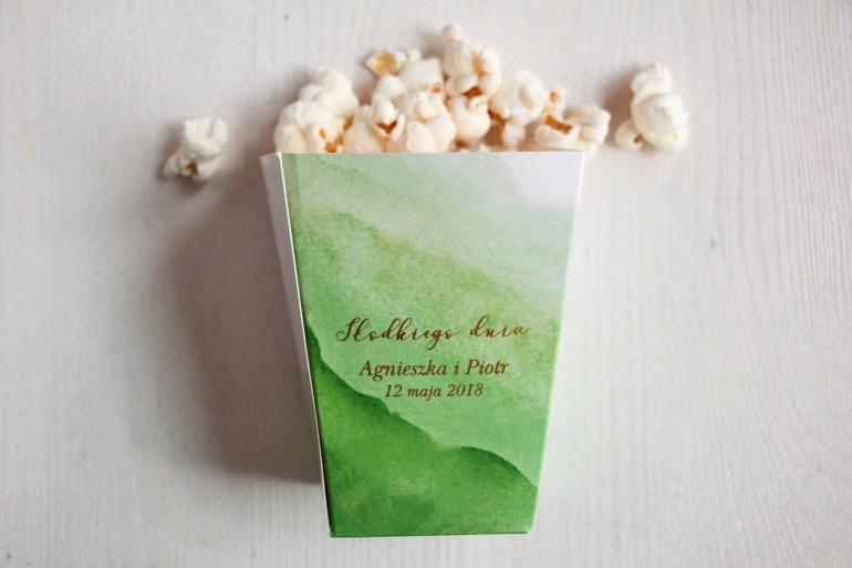 Zielone, akwarelowe pudełko na popcorn lub inne słodkości dla gości weselnych. Podziękowanie dla gości weselnych, ślubnych.