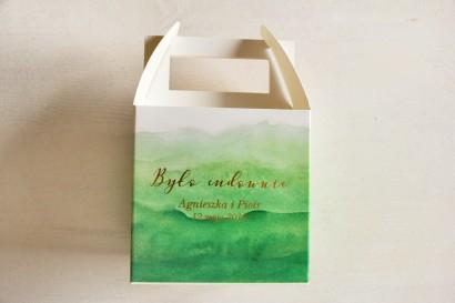 Zielone, akwarelowe, kwadratowe pudełko na ciasto weselne ze złoceniem