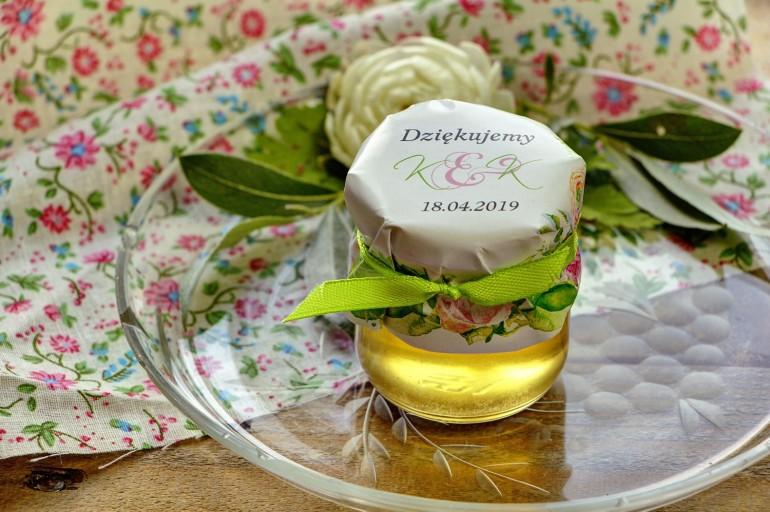 Słodkie upominki dla gości weselnych, ślubnych w postaci słoiczków z Miodem. Wzór w intensywnych barwach zieleni