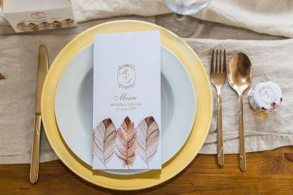 Podziękowania i dodatki ślubne ze złoceniem