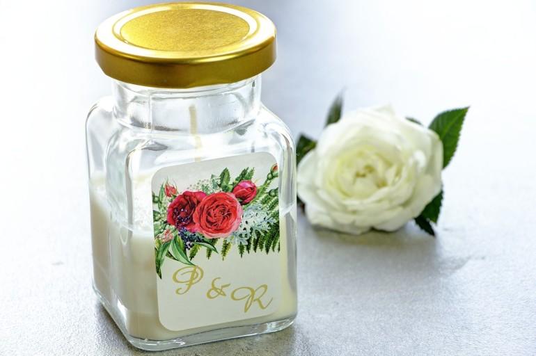 Świeczki - nowe podziękowania i upominki dla gości weselnych, ślubnych. Złocenie na etykiecie oraz grafiką czerwonych róż