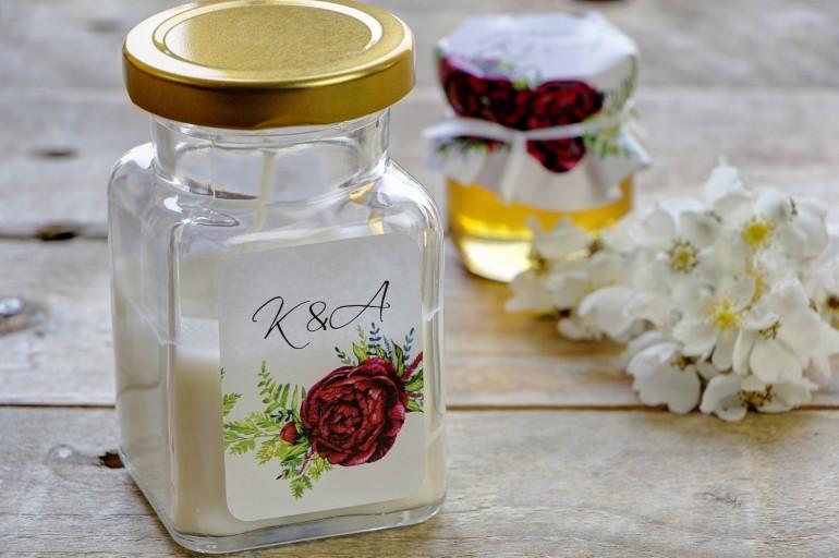 Świeczki - nowe podziękowania i upominki dla gości weselnych, ślubnych. Intensywnie bordowe kwiaty piwonii