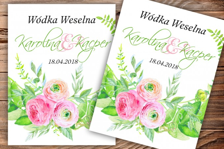 Etykiety samoprzylepne na butelki weselne, ślubne w kolorze zielonym z akcentem różowych jaskrów