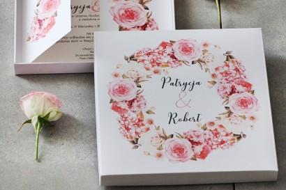 Efektowne Zaproszenie ślubne w pudełku - Pistacjowe 23 - Pudrowa kompozycja kwiatowa
