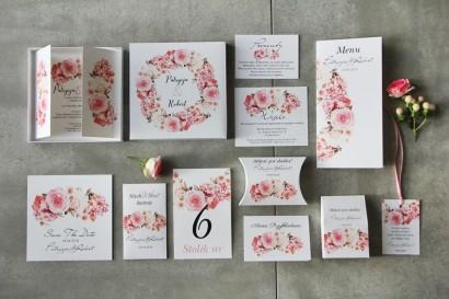 Efektowne zaproszenie ślubne w pudełku z dodatkami - Pistacjowe 23 - Pudrowa kompozycja kwiatowa