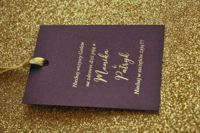 Zawieszki na butelki weselne ze złoceniem w stylu Glamour - Fioletowe
