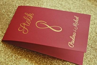 Numery stolików weselnych w stylu Glamour - Bordowe