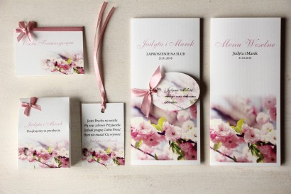 Zestaw próbny zaproszeń ślubnych wraz z winietkami, zawieszkami, menu weselne oraz podziękowania dla gości - Magnet nr 6