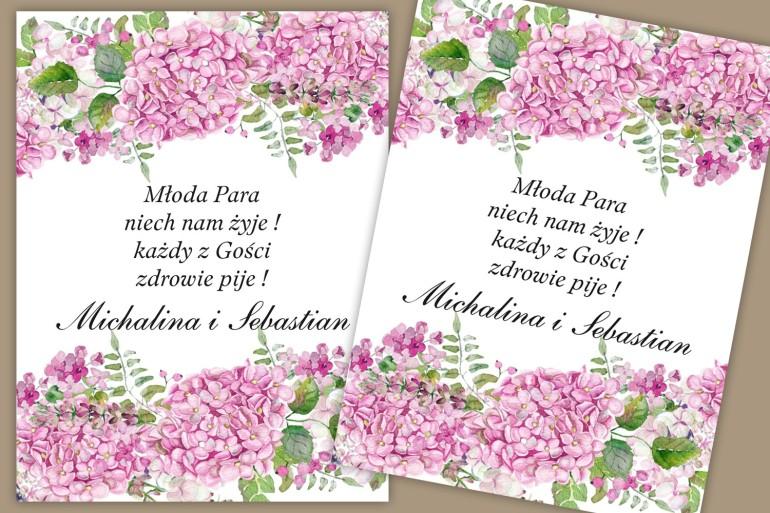 Etykiety samoprzylepne na butelki weselne, ślubne. Piękny, intensywnie różowy wzór z kwiatami hortensji