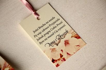 Kwiatowe Zawieszki na butelki weselne, grafika z kwitnącą wiśnią
