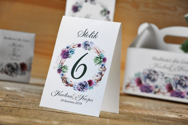 Numery stolików, stół weselny, ślub - Akwarele nr 1 - Sukulenty, fiolet i błękit, kwiatowe