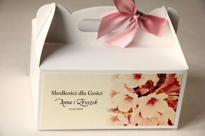 Kwiatowe Pudełko na Ciasto weselne, grafika z kwitnącą wiśnią