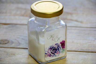 Świeczki - nowe podziękowania i upominki dla gości weselnych, ślubnych. Oryginalna kompozycja sukulentów