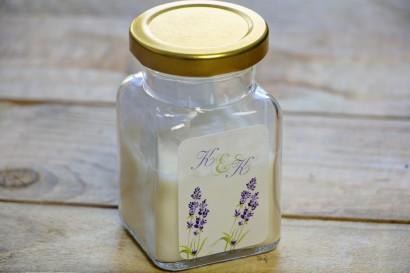 Świeczki - podziękowania dla gości weselnych. Gałązki jesiennej lawendy malowanej akwarelą w barwach fioletu i jasnej zieleni