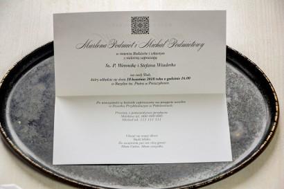 Srebrne zaproszenia ślubne. Całość wykonana na papierze jednostronnym perłowym - wnętrze zaproszenia Brenet nr 3
