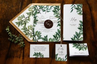 Jednokartkowe rustykalne zaproszenia ślubne z motywem gałązek oliwki, projekt utrzymany w stylistyce greenery wraz z dodatkami