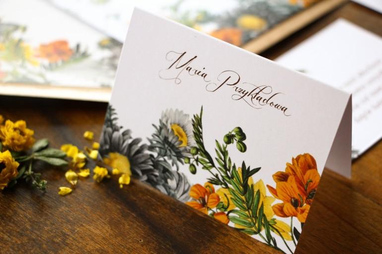 Winietki ślubne, wizytówki z personalizacją na stół weselny z motywem żółtych kwiatów, przełamanych szarością