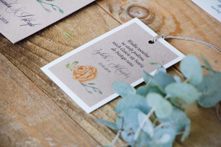 Zawieszka na butelkę, wódka weselna, ślub - Margaret nr 3 - Żółta róża z akcentem zieleni