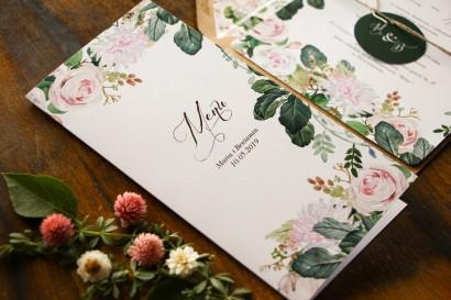 Menu ślubne na stół weselny z motywem pastelowych, różowych dalii i róż