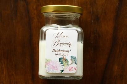 Świeczki - podziękowania i upominki dla gości weselnych, ślubnych z motywem pastelowych, różowych dalii i róż