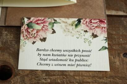 Bilecik do zaproszeń ślubnych. Grafika z białymi i różowymi piwoniami oraz gałązkami eukaliptusa