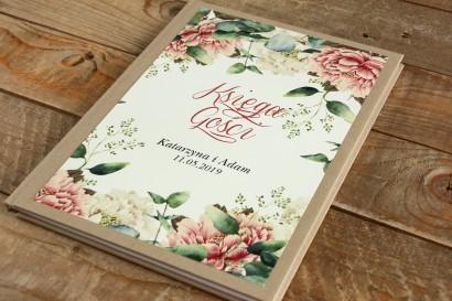 Weselna Księga Gości - Kompozycja z białymi i różowymi piwoniami oraz gałązkami eukaliptusa