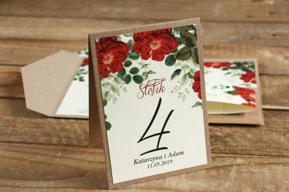 Numery stolików weselnych - Grafika z czerwoną chińską różą oraz zielonymi gałązkami