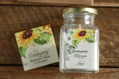 Świeczki - podziękowania i upominki dla gości weselnych. Etykieta ze słonecznikiem