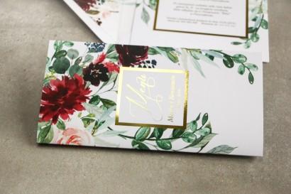 Menu weselne ze złoceniem w stylu Glamour - Burgundowe i bordowe piwonie oraz dalie, z dodatkiem różu