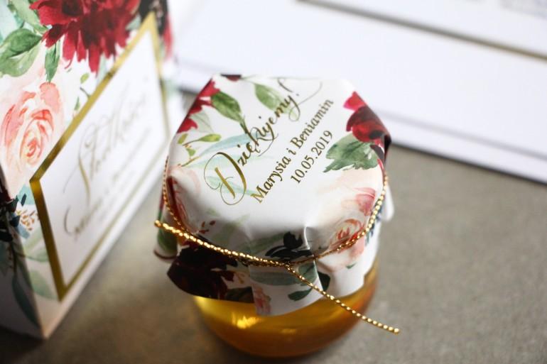 Słoiczek z miodem - podziękowanie dla gości weselnych. Kapturek ze złoconymi napisami