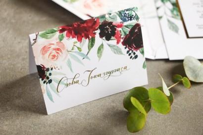 Winietki ślubne ze złoceniem w stylu Glamour. Burgundowe i bordowe piwonie oraz dalie, z dodatkiem różu