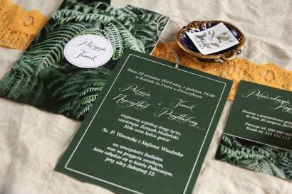 Botaniczne zaproszenia ślubne w etui z liśćmi paproci wraz z bilecikiem