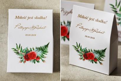 Ślubne pudełeczko na słodkości dla gości weselnych ze złoceniem oraz czerwonymi różami i leśną paprocią - Cykade nr 2