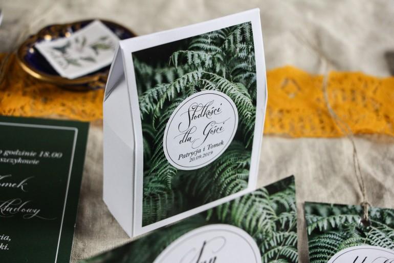 Podziękowania dla gości weselnych, pudełeczka na słodkości - Grafika z liśćmi paproci