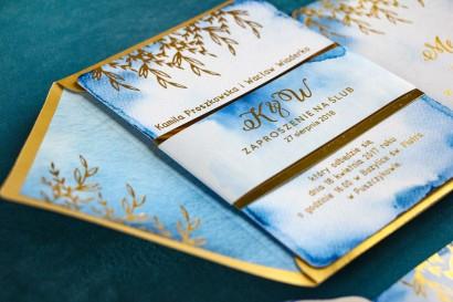 Złote Zaproszenia Ślubne, niebieski z owijką z papieru złotego lustrzanego