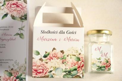 Kwadratowe pudełko na Ciasto Weselne, podziękowania dla gości. Grafika z dodatkiem różowych i białych piwonii