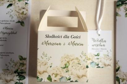 Kwadratowe pudełko na Ciasto Weselne, podziękowania dla gości. Grafika w stylu greenery z białymi piwoniami