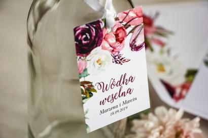 Zawieszki na butelki weselne, kwiatowa grafika z różowymi i purpurowymi piwoniami i tulipanami