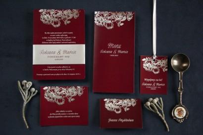 Zestaw próbny: Eleganckie bordowo – srebrne zaproszenia ślubne w stylu glamour ze srebrną, perłową opaską