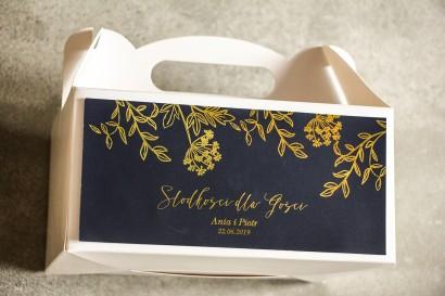 Złocone Pudełko na Ciasto weselne w stylu Glamour. Eleganckie połączenie granatu ze złoconymi gałązkami