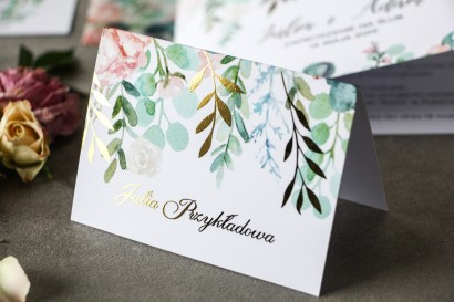 Kwiatowe Winietki ślubne ze złoconymi gałązkami w stylu glamour, motyw delikatnych, różowych piwonii z eukaliptusem