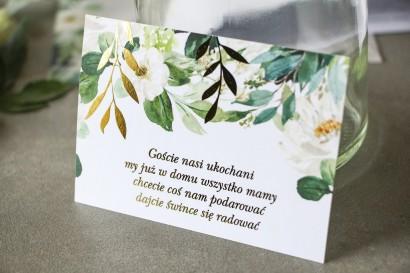 Biało-zielony Bilecik do zaproszeń ślubnych ze złoconymi gałązkami w stylu glamour, motyw delikatnych, białych kwiatów i zieleni