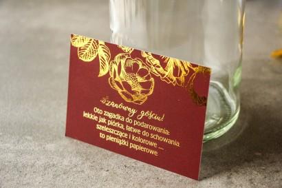 Bordowy bilecik do zaproszeń ślubnych w stylu Glamour ze złoceniem grafiki róż