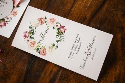 Kremowo-różowe Menu weselne, ślubne z pastelowymi różami, goździkiem, eustomą i frezją