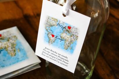 Zawieszki na butelki weselne z mapą Świata dla par pochodzących z różnych krajów