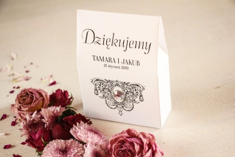 Podziękowania ślubne, pudełeczka na słodkości dla gości z kolekcji Ze Zdjęciem oraz ozdobnym kamyczkiem