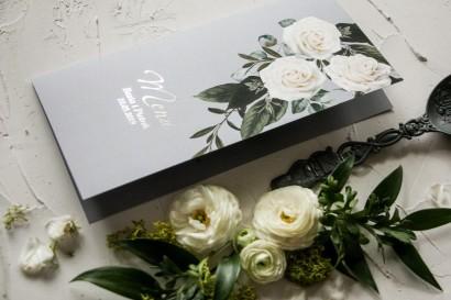 Menu ślubne z białymi różami w stylu glamour ze srebrnym tekstem z dominującą barwą delikatnej szarości