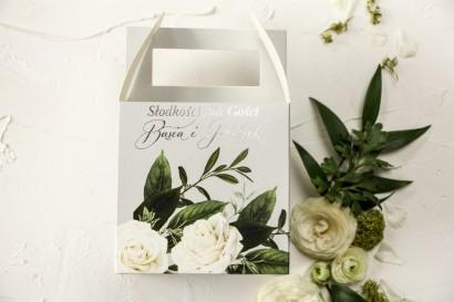 Kwadratowe Pudełko na Ciasto Weselne z białymi różami w stylu glamour ze srebrnym tekstem